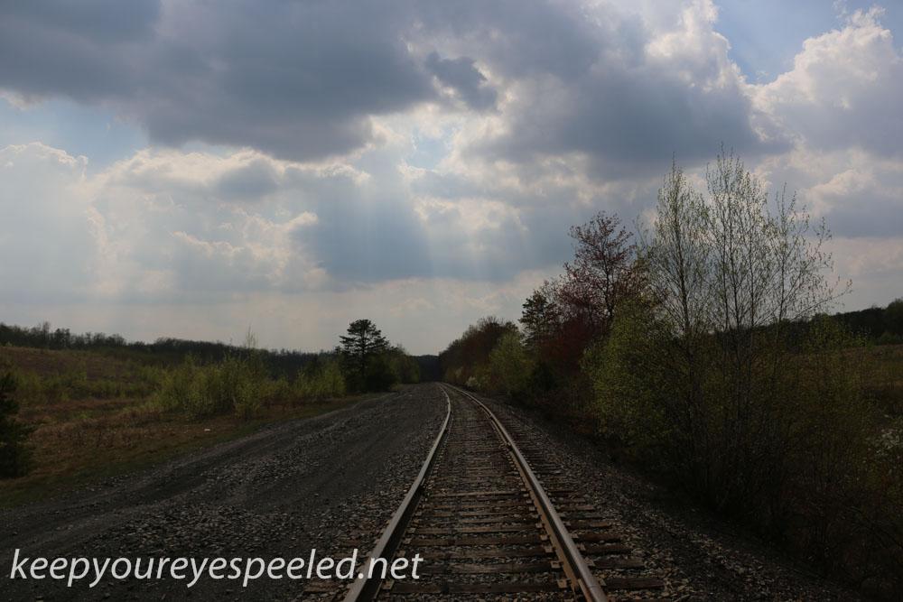 railroad hike (16 of 17).jpg