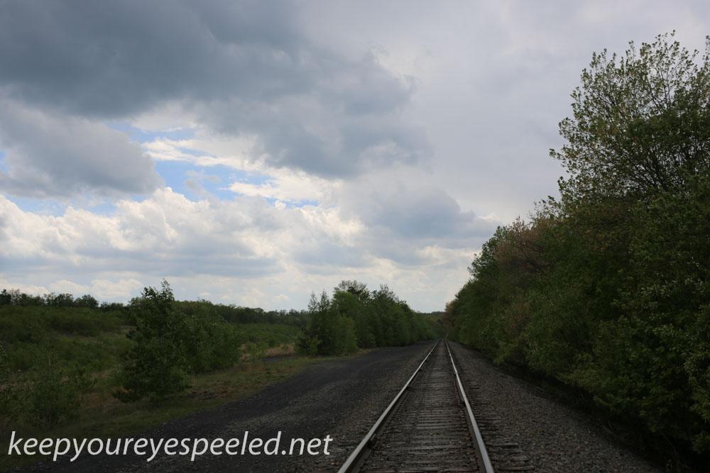railroad hike (17 of 40).jpg