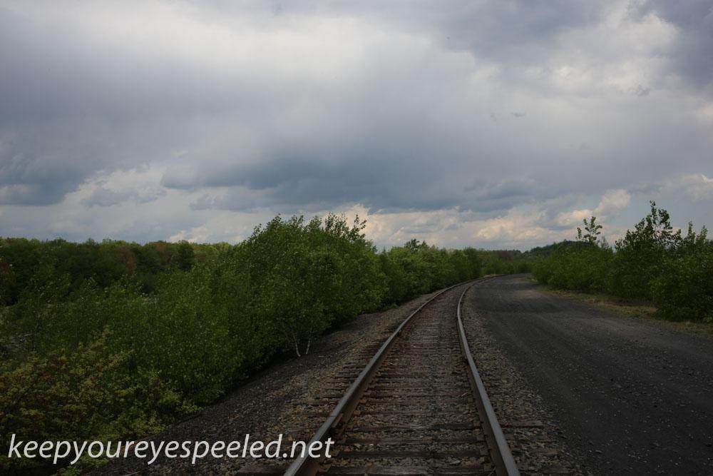 railroad hike (36 of 40).jpg